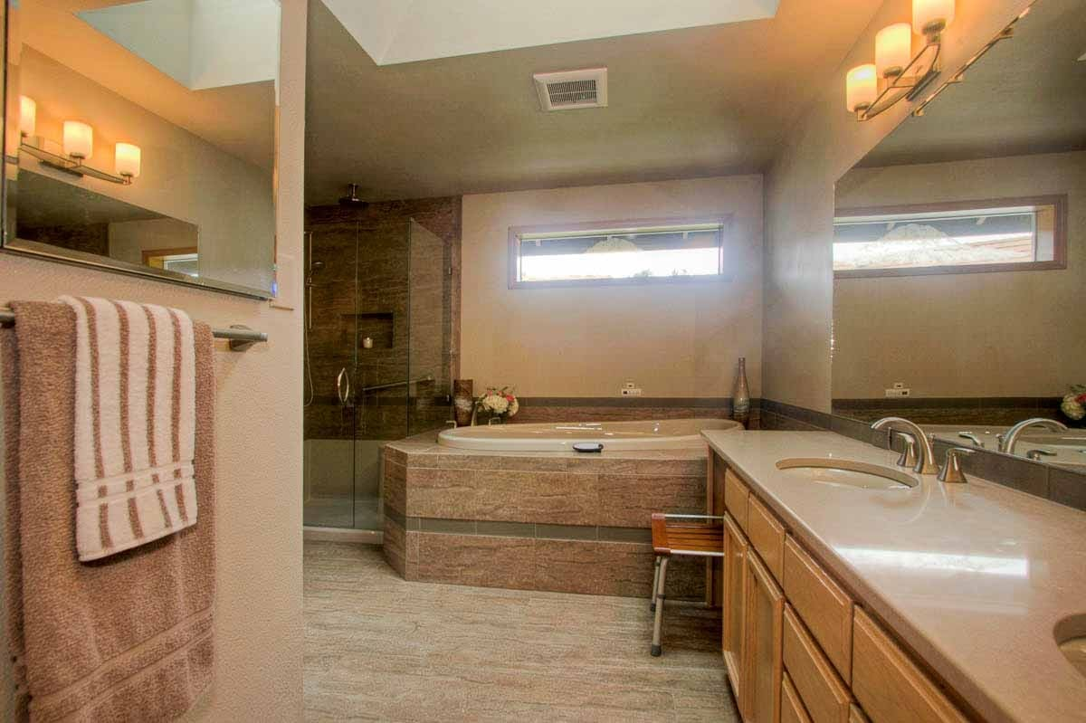 Maple Valley Master Bathroom Remodel - Bathroom remodel seattle
