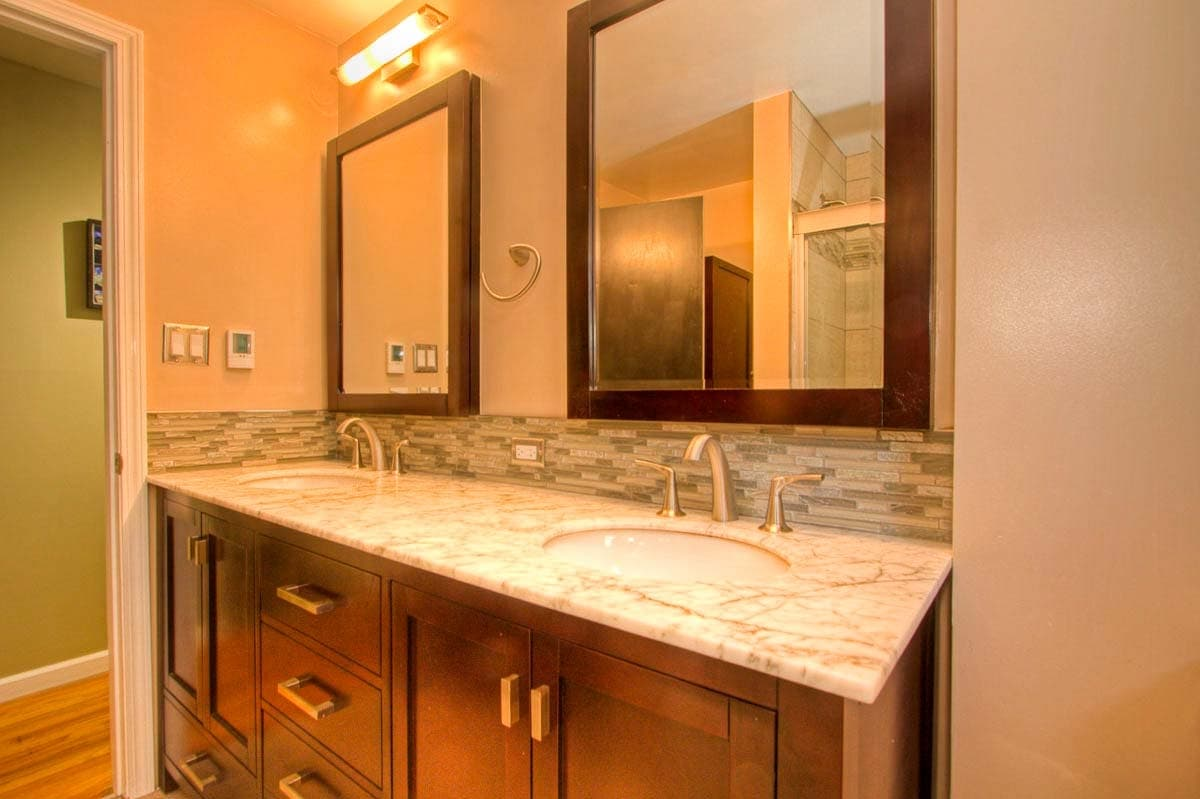 Seattle Bath With Floor To Ceiling Tile - Bathroom furniture seattle